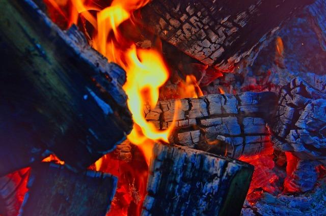fire-2915539_1280